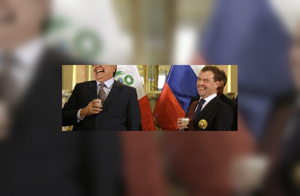 Medvedevile annetati ametiaja esimene orden