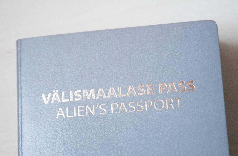 JUHTKIRI | Kes vahetaks välja hallid passid?