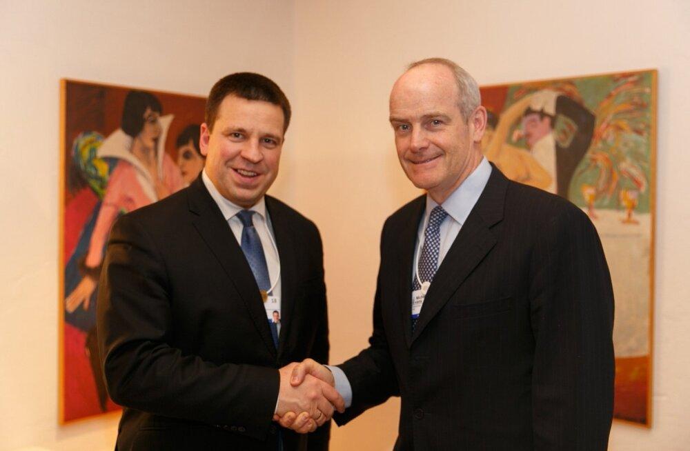 Peaminister Jüri Ratas ja Alibaba president Michael Evans