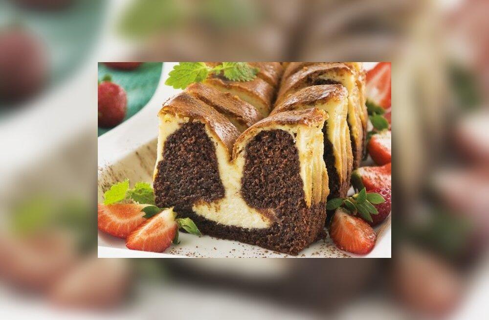 Reedeõhtune RETSEPT: toorjuustukihiga šokolaadine brownie