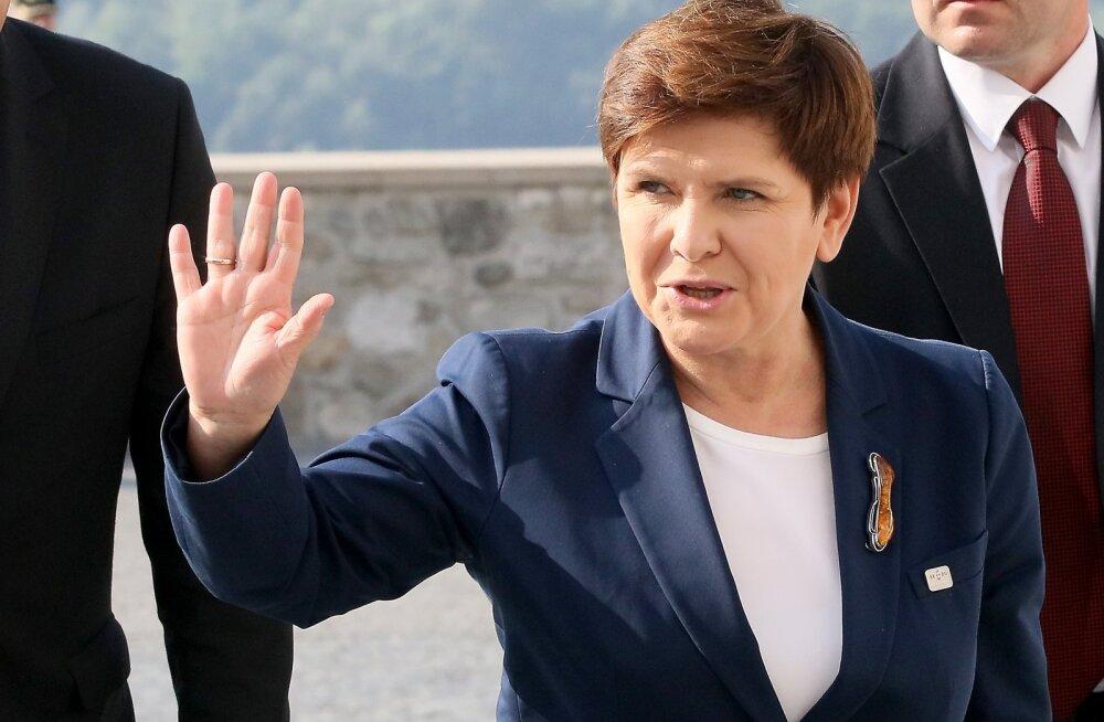 Beata Szydło lubab suurt valitsusremonti. Kas ta isegi ametisse jääb?
