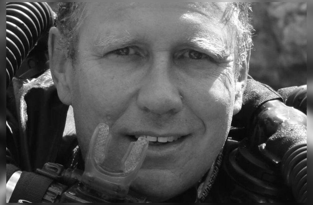 Austraalia sukelduv arst Richard Harris jäi kolmeks päevaks Tai koopas lõksus olnud poiste juurde