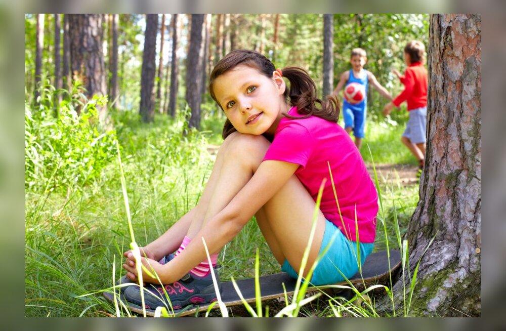 15 nõuannet vanemale, kes tahab, et lapsel oleks suvisel koolivaheajal kodus huvitav, mõnus ja turvaline