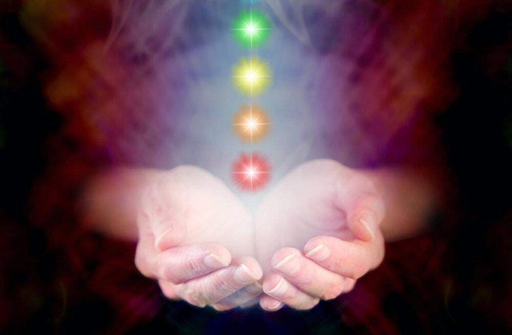 Kuidas näha ja lugeda aurasid? Mida aura värvid inimese kohta näitavad?