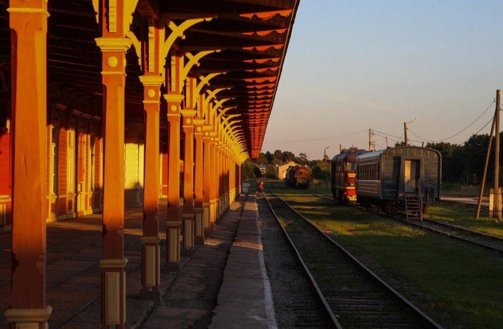 Haapsalu raudtee ehitusel ongi kriips peal? Ettevõtjad läksid riigi vastu kohtusse, ministeerium nõudmistele järgi ei anna
