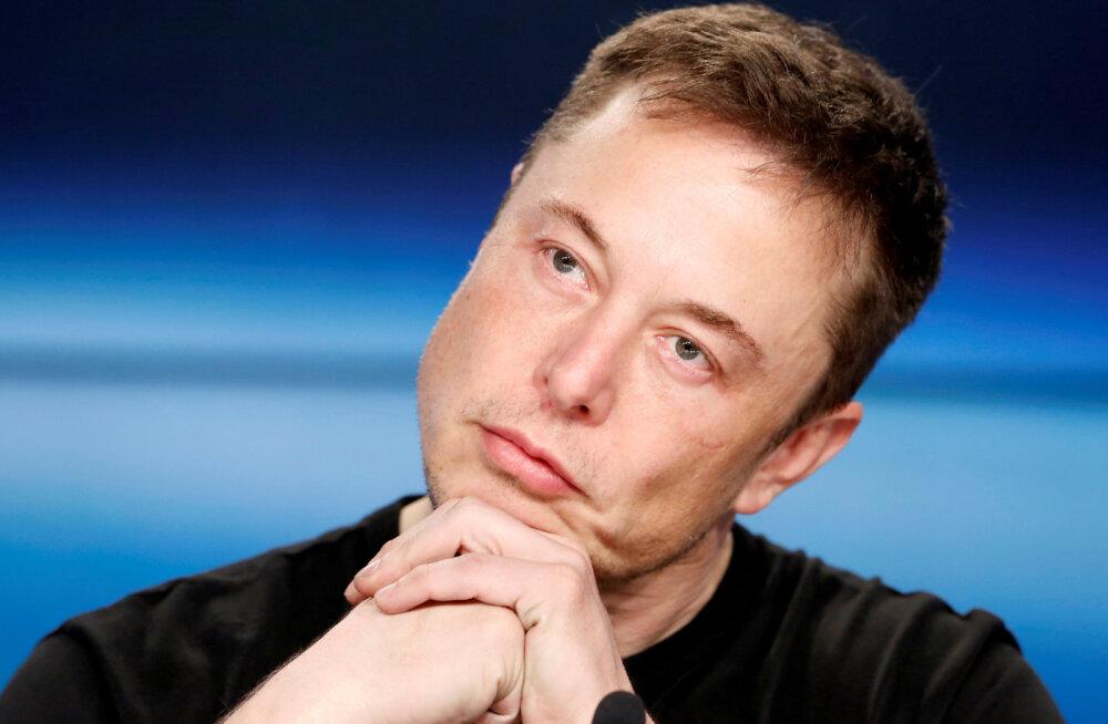 Jälle ikaldus: Elon Musk tahtis, et tema allveelaeva kasutataks tai poiste päästmiseks, päästjad seda kasutada ei tahtnud