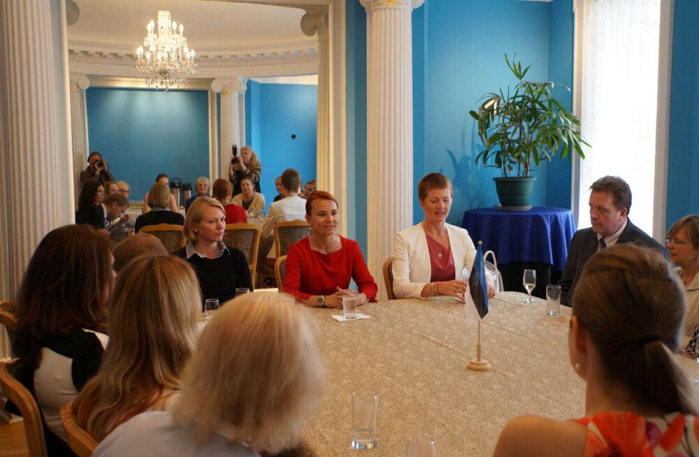 Välisminister New Yorgis: tulevikus ei peaks sündides kahe riigi kodakondsuse saanud Eesti vanema laps ühest kodakondsusest lahti ütlema