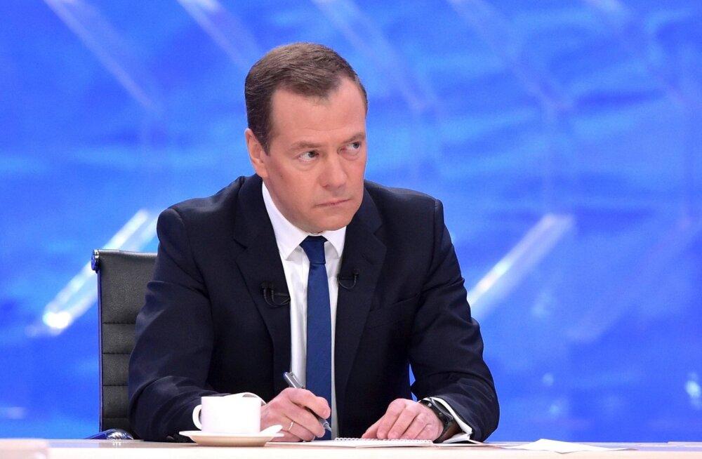 Medvedev Venemaa presidendivalimistel ei osale, lubas aga igati toetada Putinit, kui viimane kandideerib