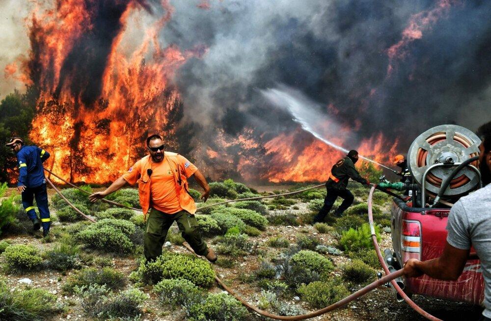 Ateena ümbruses puhkenud maastikupõlengus on hukkunud vähemalt 82 inimest.