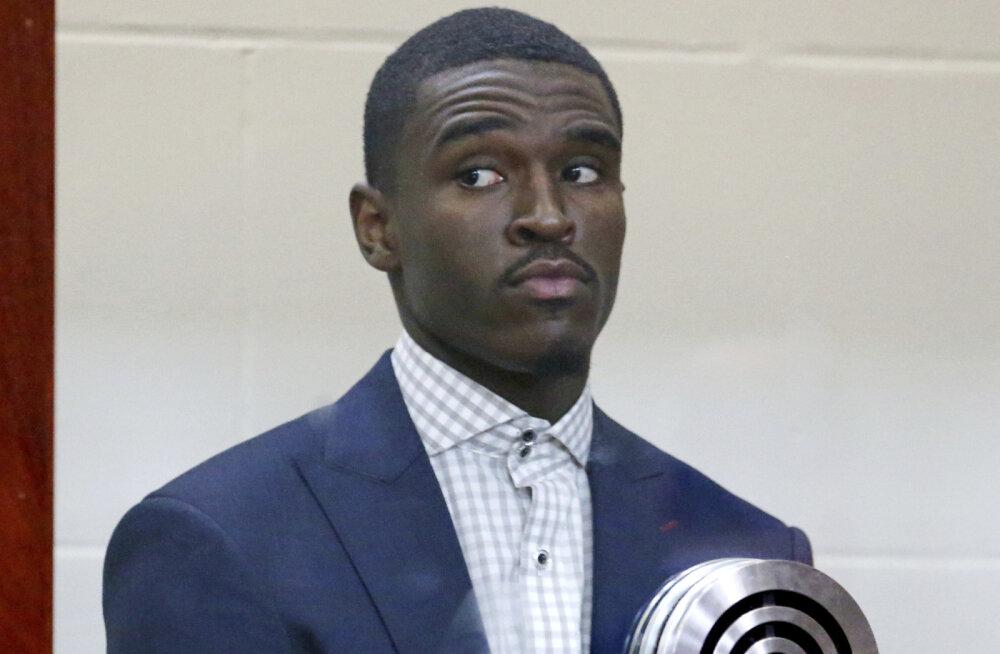 Karmid süüdistused: Boston Celticsi mängija peksis ja kägistas tüdruksõpra neli tundi jutti