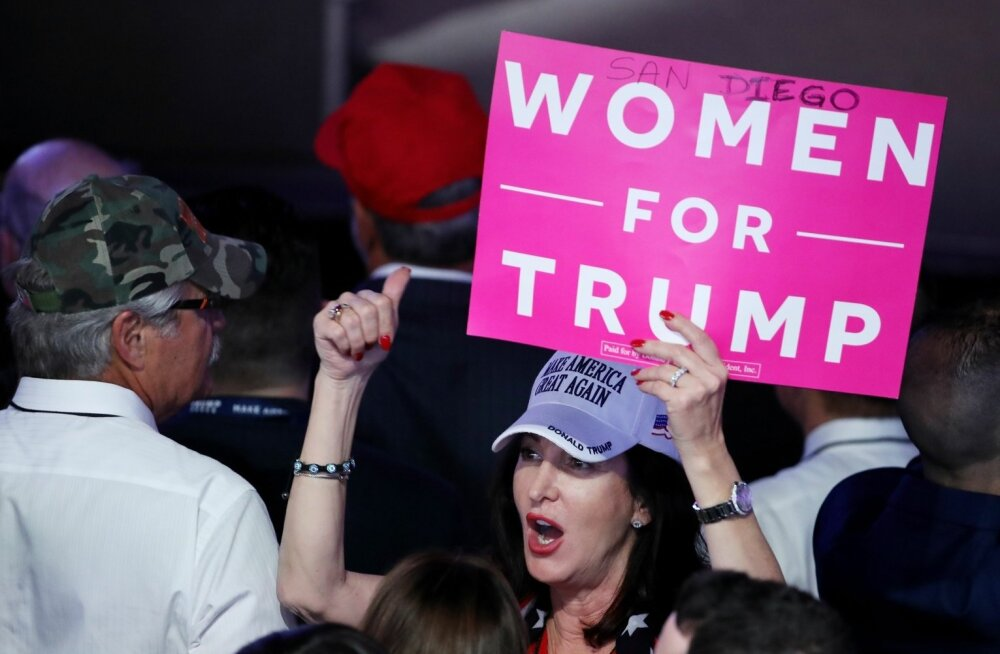 Hoolimata ahistamissüüdistustest ja nilbustest pälvis Trump USA valgete naiste enamuse toetuse