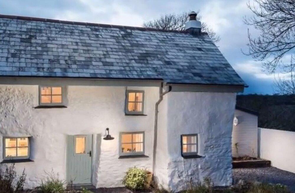 VIDEO: Enam kui 300 aastat vana maja peidab kaunist sisekujundust