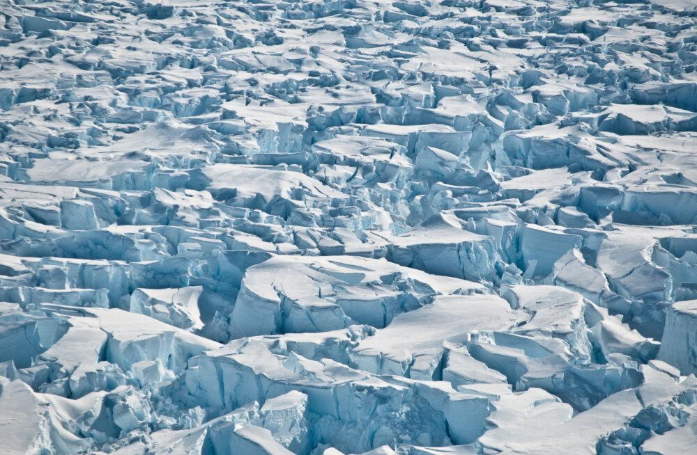 Salapärane soojusallikas sulatab Ida-Antarktika jääd altpoolt