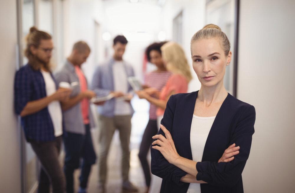 Viimased 30 aastat on naised silma paistnud kõrgelt tasustatud töökohtadel, mis enne olid meeste pärusmaaks. Aga selline töö mõjub intiimsuhetele