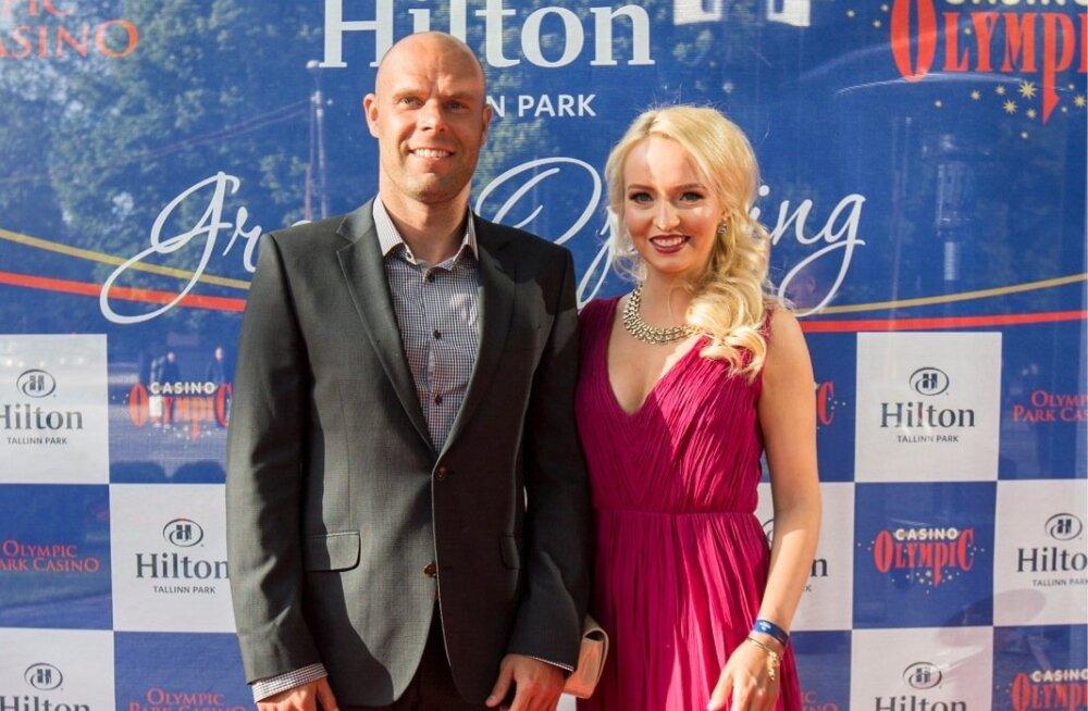 Joel ja Julia Lindpere Hiltoni hotelli avapeol