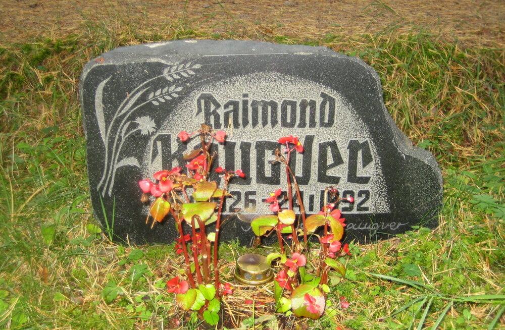 Raimond Kaugveri põnev elu jõudis näidendisse