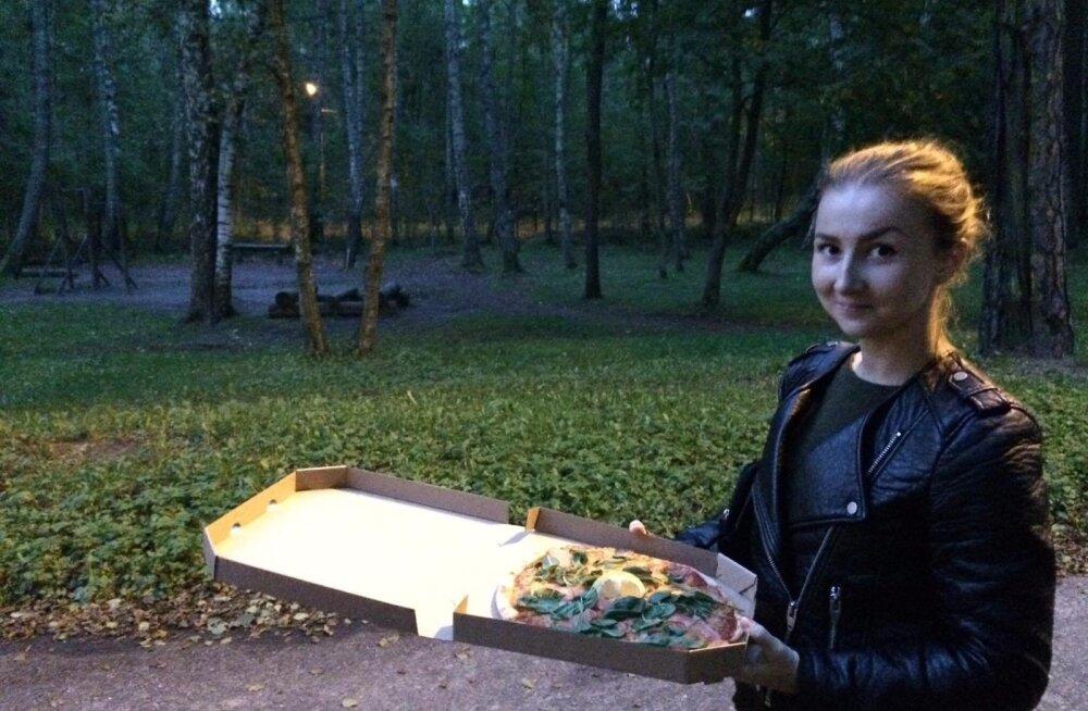 Õhtu lõppakord tuli TapTenderist: Rucola kokkade pitsa Carpaccio.