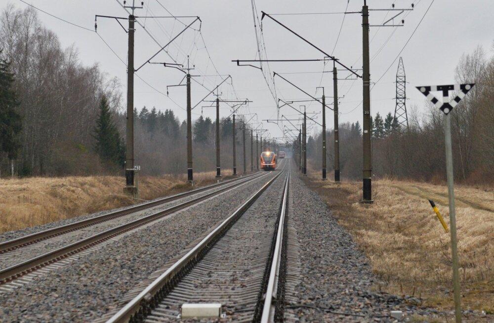 Минэкономики: железная дорога Таллинн-Вильянди сохранится