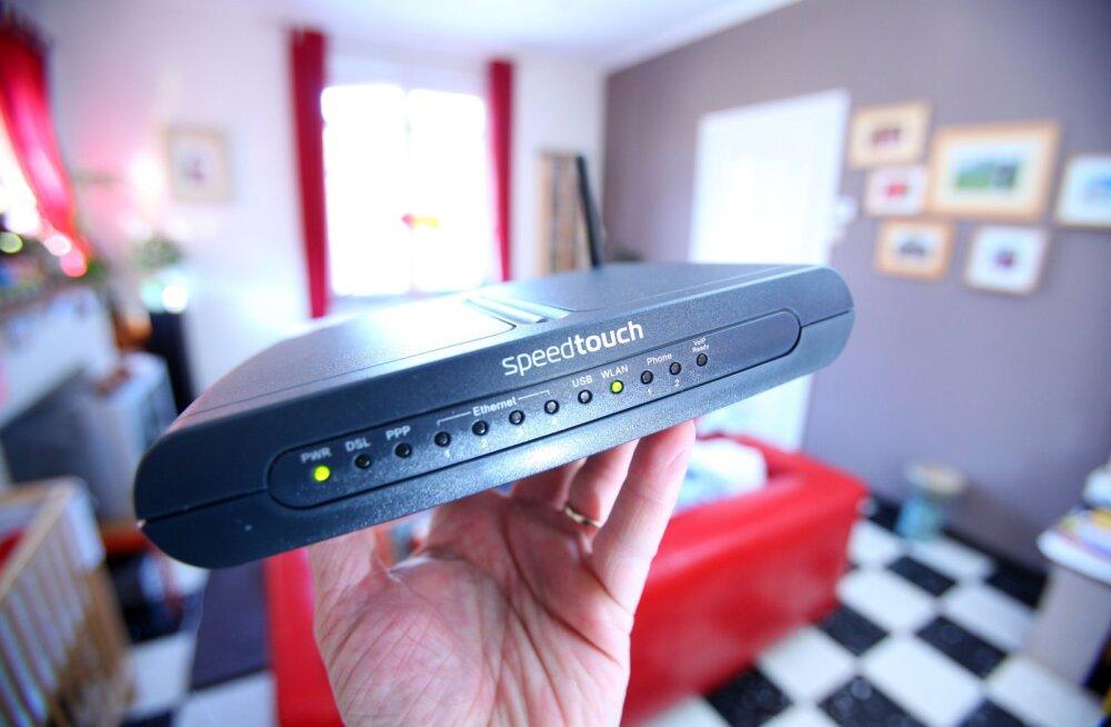 Pane kõrva taha: kus tuleks tegelikult ruuterit hoida, et internet kodus kõige paremini leviks?