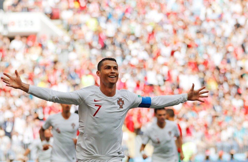 Cristiano Ronaldo tähistamas Maroko vastu löödud väravat.