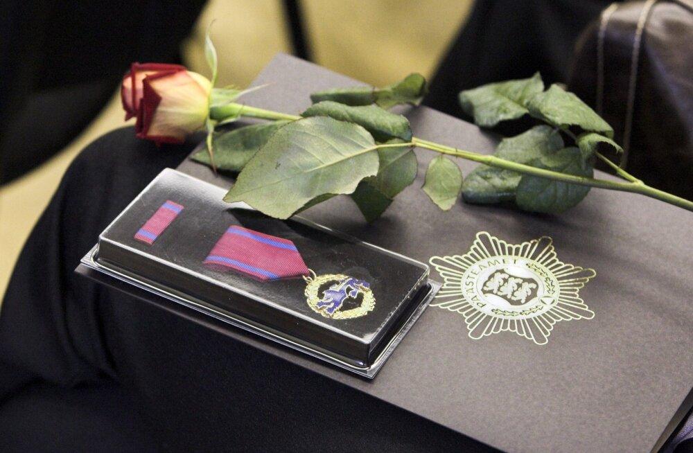 Elupäästja Medalid ja päästeteenistuse aumärgid