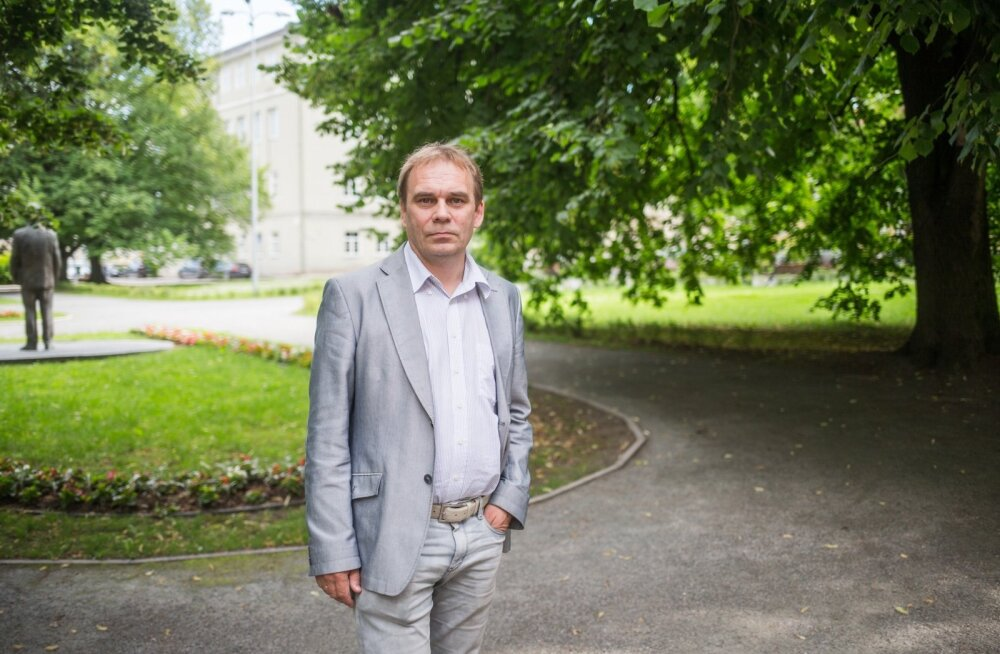 Haaridus- ja teadusministreeriumi asekantsleri Indrek Reimandi sõnul kummutavad ülikoolid järjest rohkem müüti, et teadus ja praktika on Eestis üksteisest kaugel.