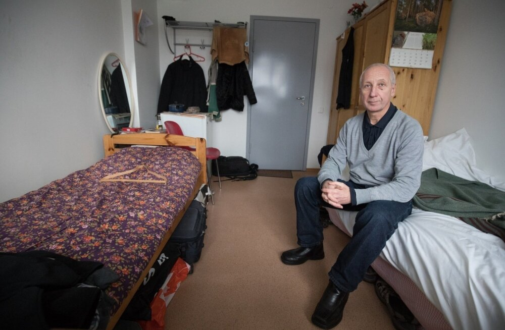 Житель социального дома жалуется на постоянный террор и соседей-алкоголиков