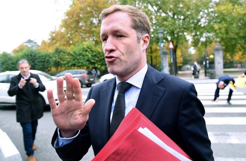 """""""Ei!"""" EL-i juhtide palved ei pannud Valloonia valitsusjuhti Paul Magnette'i vabakaubanduslepet heaks kiitma."""