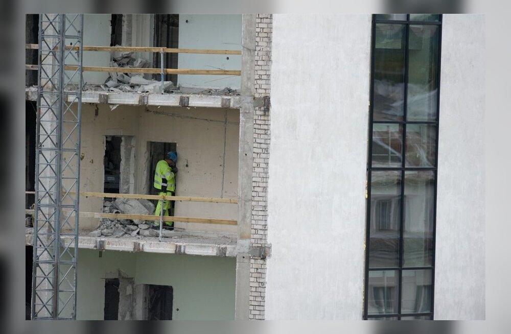 Eesti ehitajad pöörduvad Soomes massiliselt kohtu poole