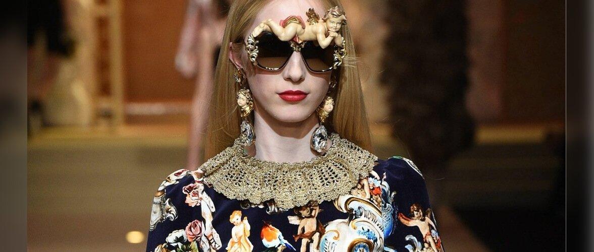 Dolce & Gabbana liialdusi ei karda. Prille võib kaunistada kõigega, mis pähe tuleb: kasta need lillemerre või aseta neile muigav inglike.