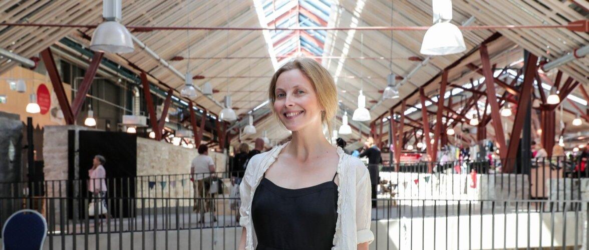 Lastele rõivaid disainiv Karin Rask pooldab jätkusuutlikkust, vastupidavust ja ajatut disaini. Trendi- ja moevoolud ei ole sugugi nii tähtsad kui eluterve keskkond.