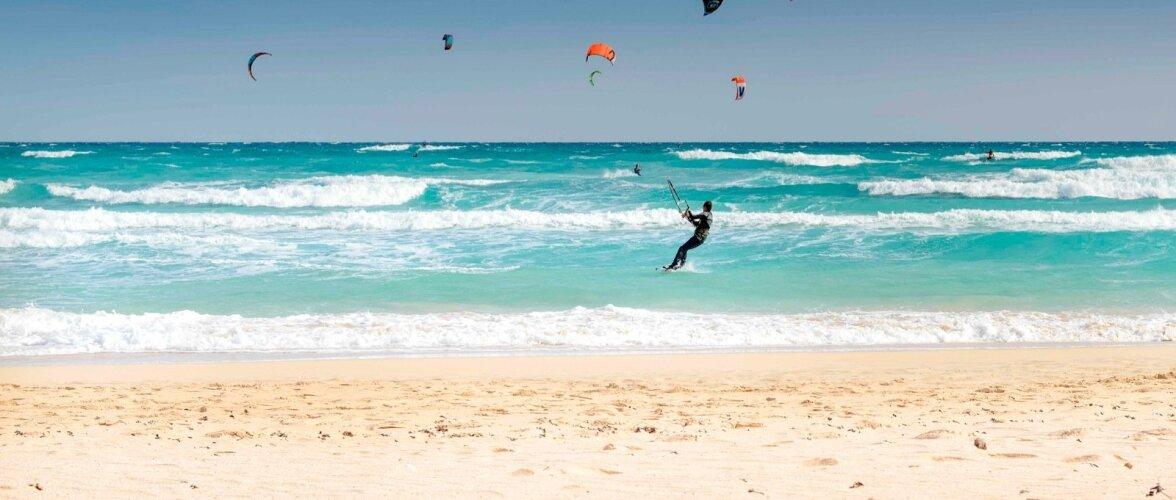 kitesurf en Corralejo,Fuerteventura, Islas Canarias