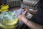 Elektripuuduses vaevlevas Venezuelas on uus häda – sularahakriis