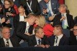 DELFI FOTOD: Piinlikud tühjad sedelid ja kurvad pilgud. President jäi valimata