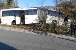 Eesti Energia töötajaid vedanud buss sõitis teelt välja.