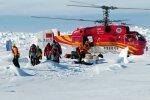 Hiina helikopter päästab Antarktikast Vene teadlasi.