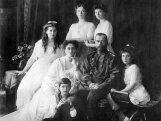 Tsaar Nikolai II tütred, haige troonipärija ja Grigori Rasputin