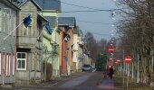 Läti lipud