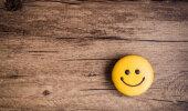 Täna on rahvusvaheline naeratamise päev! Kust pärineb üldse igapäevaselt kasutuselolev naerunäo ikoon?