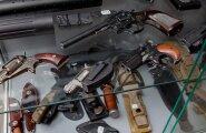 Valik relvi, mida müüb Tallinnas asuv Taktikalise Laskmise Keskus.