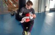 Esimest korda isaga trennis (veebruar 2016).
