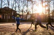 В школах Эстонии начались осенние каникулы. А когда зимние?