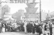 AJALOOLISED FILMIKAADRID: Vaata, kuidas 1923. aastal sõideti Tallinnas uhkel võidusõidul kuni 15-hobujõuliste autodega