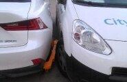 ФОТО читателя Delfi: Как у нас теперь наказывают парковочных хулиганов