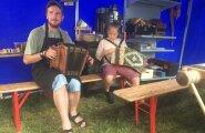 FOTOD ja VIDEOD: Evelin Ilves möllab koos Siim Rikkeriga Viljandi Folgil