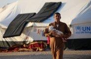 Süüria piirilasuvas laagris elab jubatuhandeid Mosuli põgenikke. Mida ägedamaks lähevad lahingud, seda rohkem põgenikke on oodata.