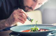 Ellujäämise (koka)kunst ehk mida panna daamide juuresolekul lauale?