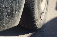 ФОТО DELFI: Полиция и Шинный союз проверили шины таллиннских водителей