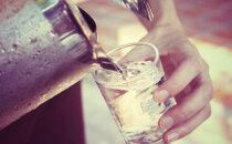 TABEL: Vaata järele, kui palju vett peaksid tegelikult tarbima(vastavalt oma kehakaalule)