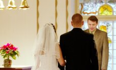 Свадебный переполох: клиентка салона через месяц после свадьбы жалуется на дефект платья